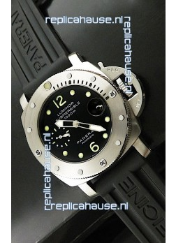Panerai Luminor Submersible Swiss Replica Watch