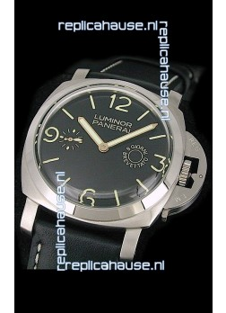 Panerai  Luminor 8 Days Swiss Watch in Black Dial